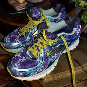 Asics Brooks  GTS Athletic Shoes